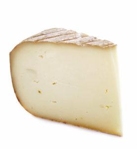 formaggio pecorino prodotto con latte degli ovini